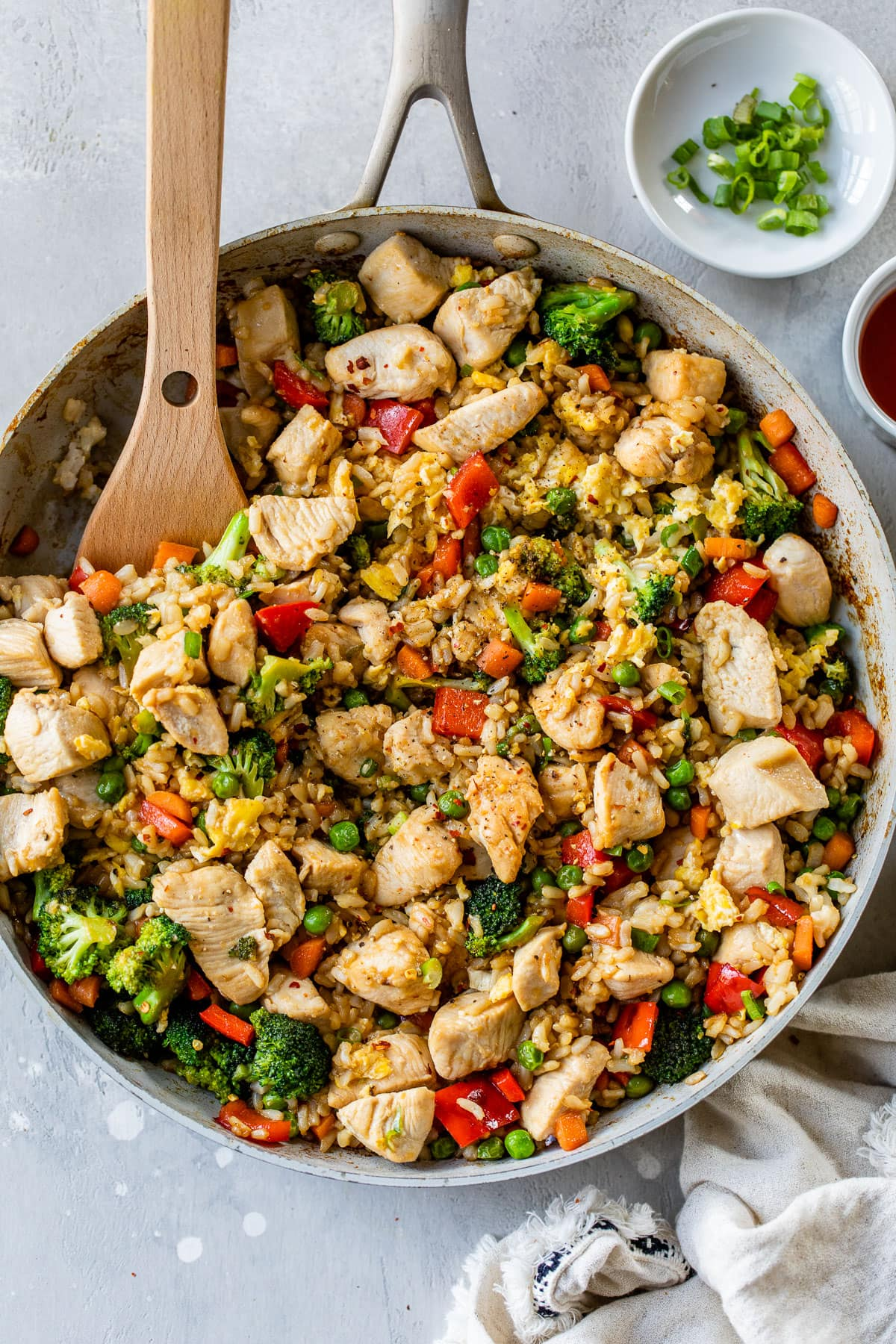 Vegetable and chicken fried rice