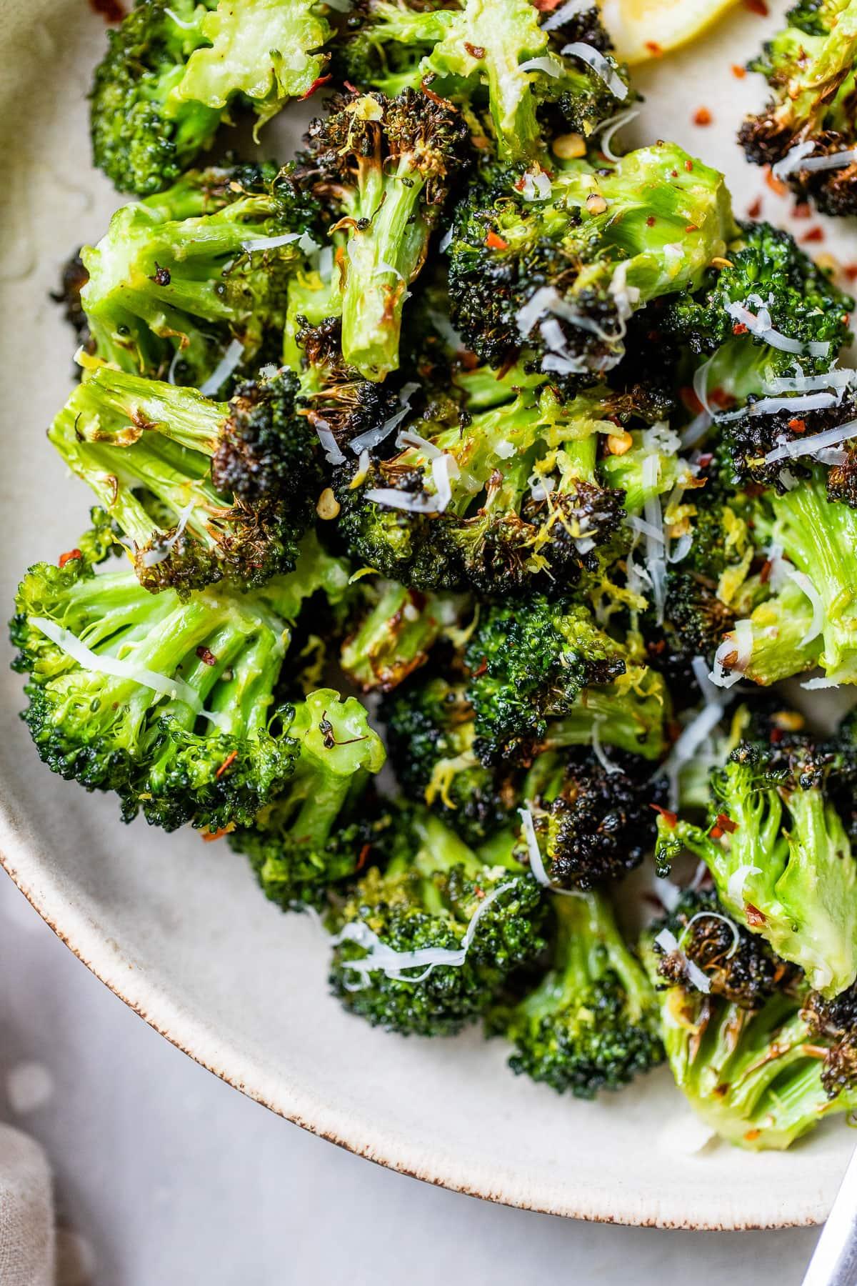 Crispy air fryer broccoli