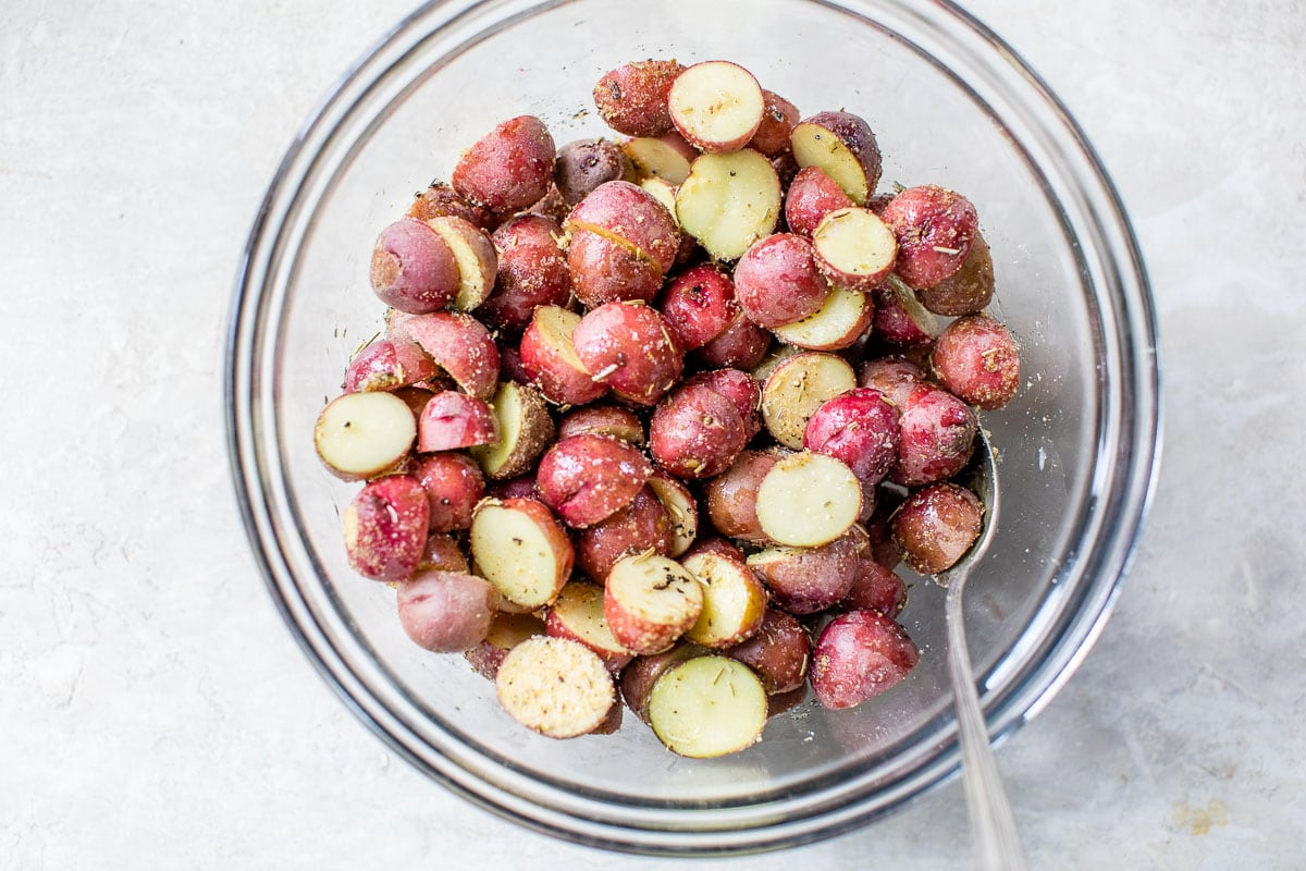 potatoes with seasoning