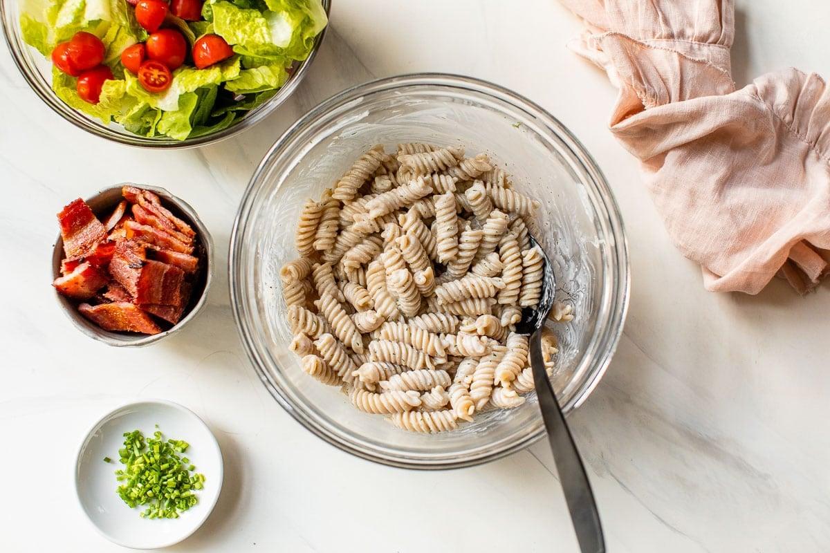 blt pasta salad recipe ingredients