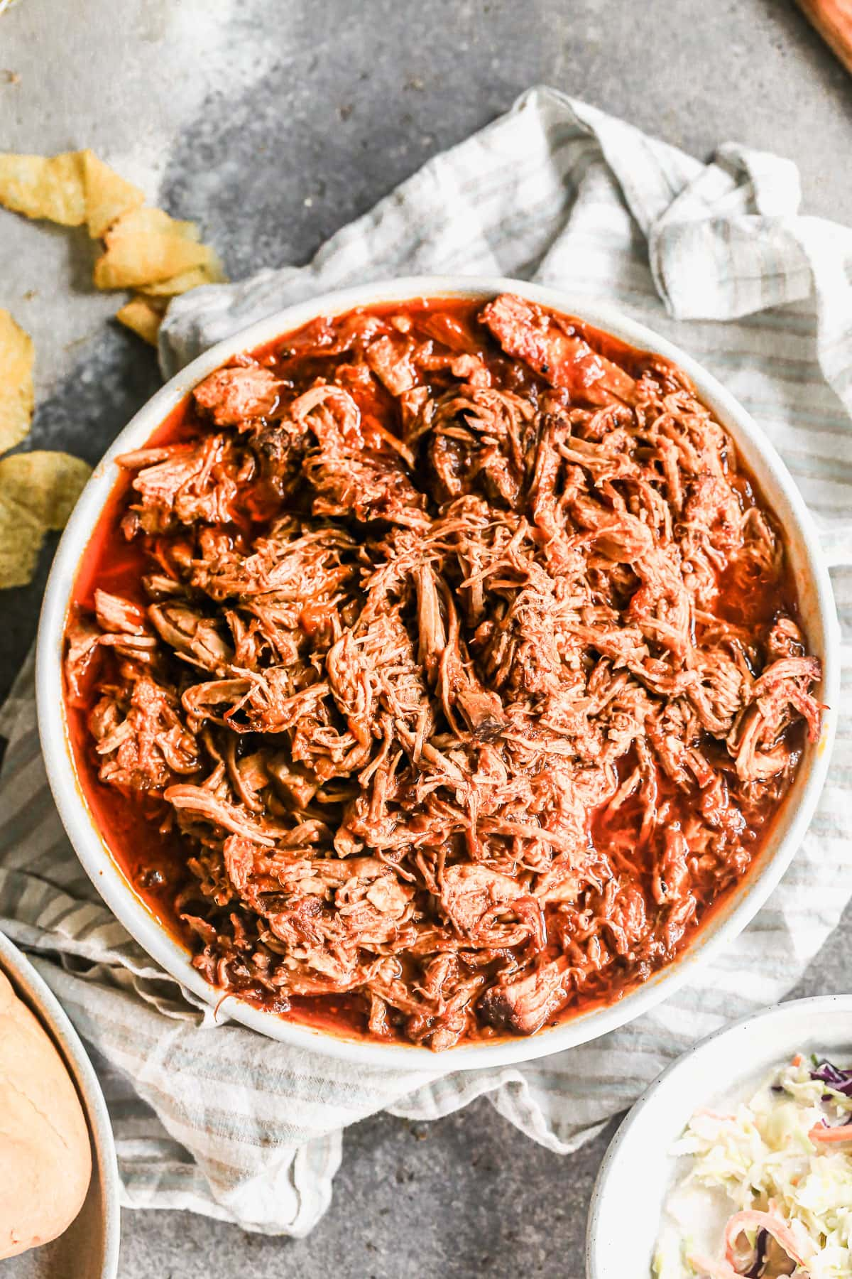 easy bbq pulled pork in slow cooker