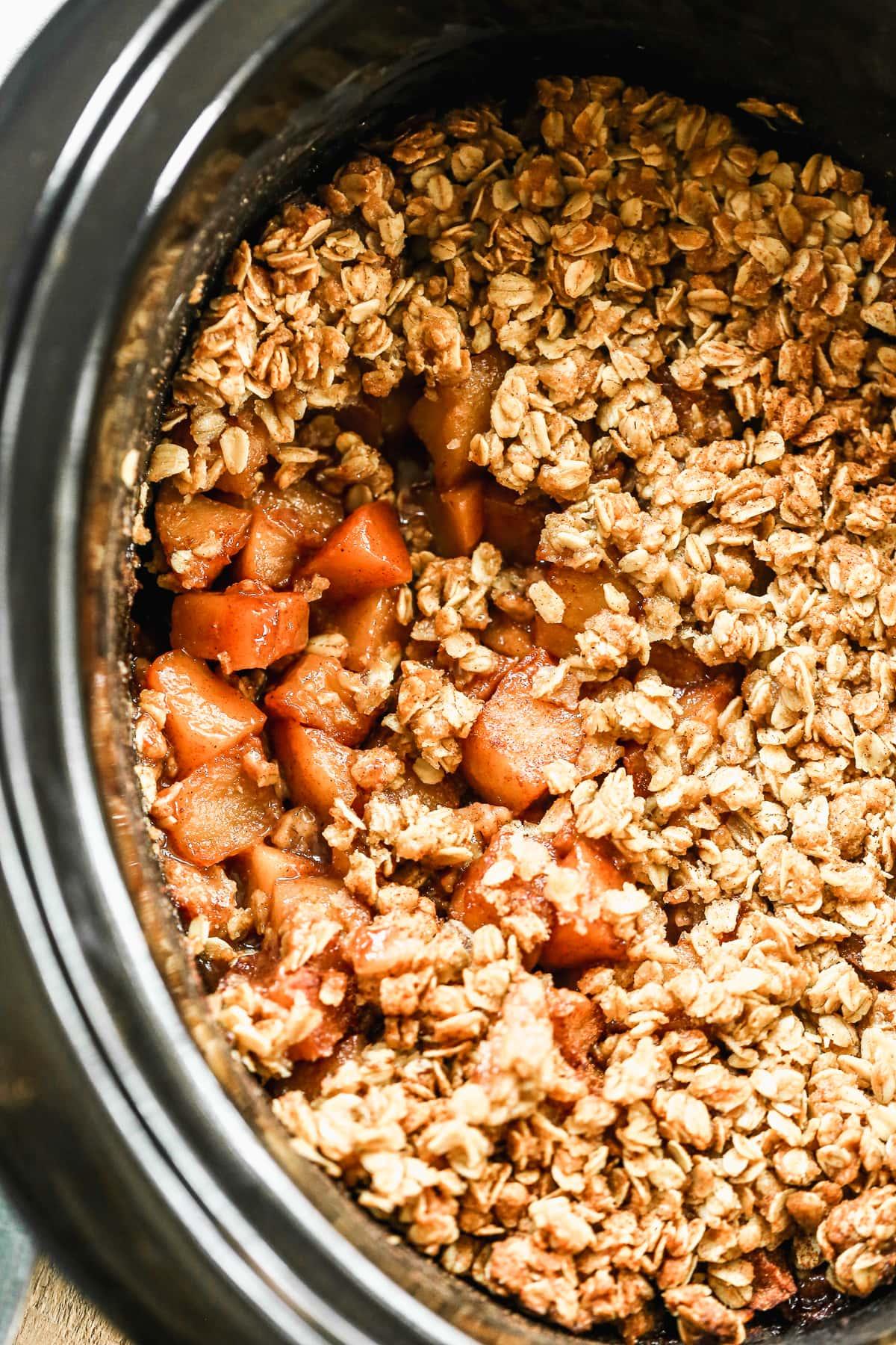 Perfect crock pot apple crisp