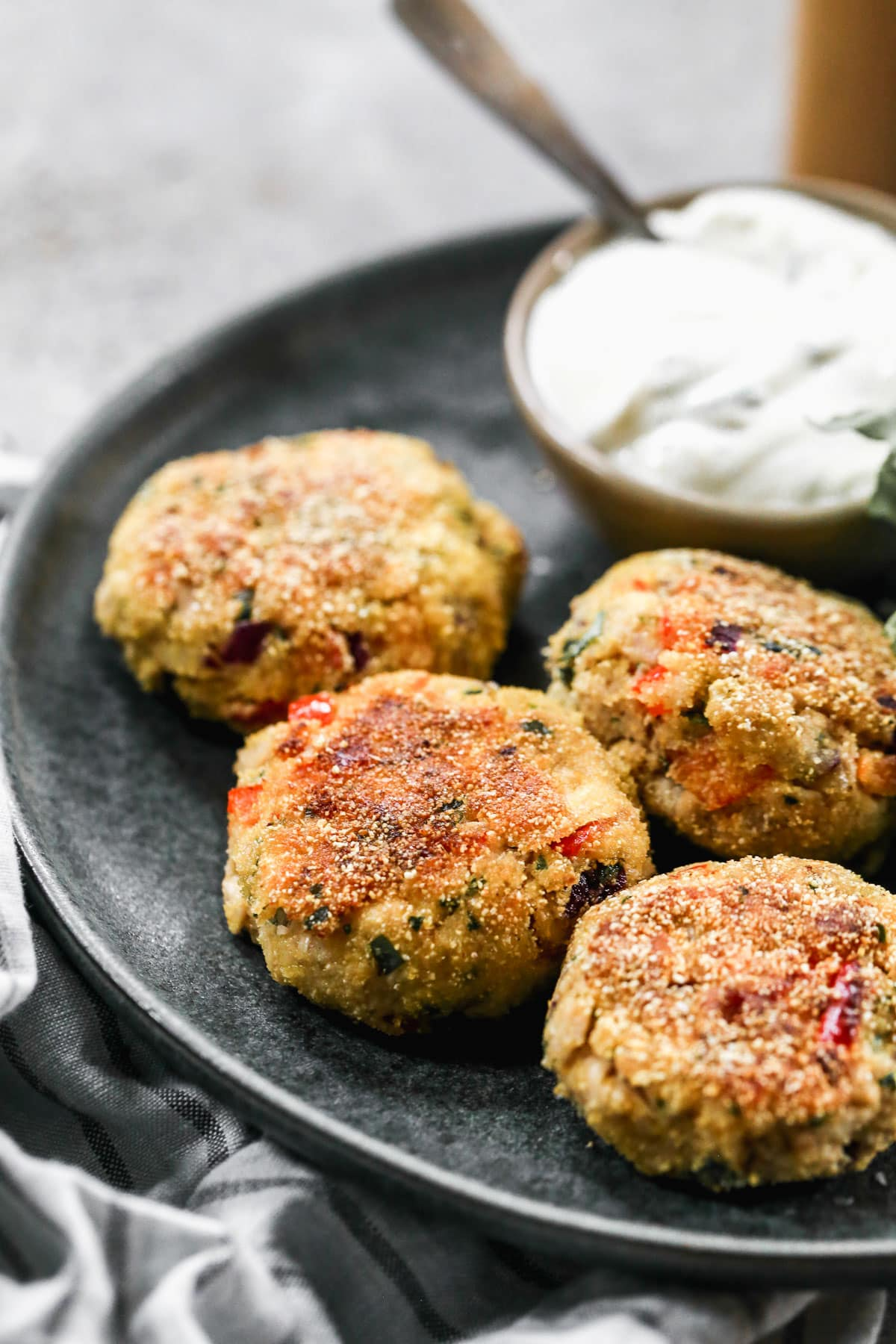 Simple salmon croquettes with dip